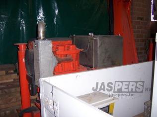 2dehands-container-met-kraan-kraan-01