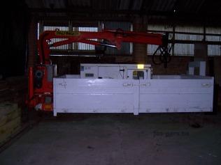 2dehands-container-met-kraan-zijkant-02