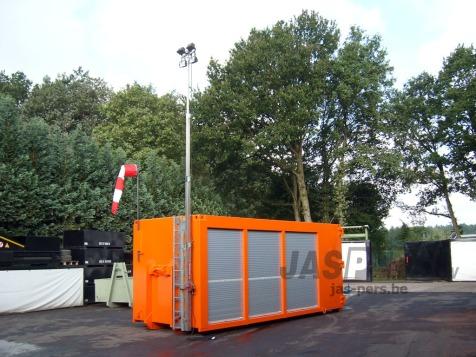 Interventiecontainer - volledig op maat ingericht en voorzien van uitschuifbare lichtmast