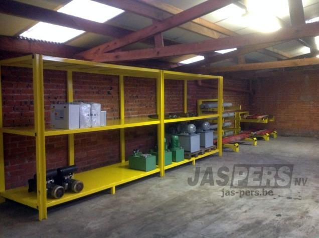 Start van ons nieuw magazijn met cilinders en groepen