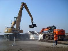 Overslagcontainer voor vervuilde grond